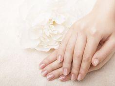 Natürliches Nagelöl: Welches eignet sich?