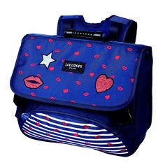 Beau CARTABLE pour FILLE LOLLIPOPS modéle GLOSSY de 38 CM muni de 2 COMPARTIMENTS idéal pour la rentrée scolaire à l'école primaire CE1/CE2/CM1 Lollipops, Jansport Backpack, Diaper Bag, Lunch Box, Backpacks, Products, Book Bags, Elementary Schools, Blue