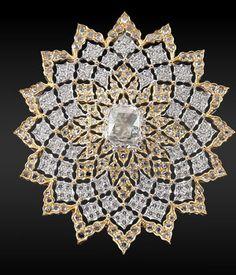 Diamond Brooch by Buccellati