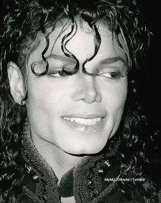 Photo of Got To Find Me An Angel for fans of Michael Jackson 31819530 Janet Jackson, Michael Jackson Bad Era, Invincible Michael Jackson, Michael Jackson Wallpaper, Cinema, The Jacksons, Rare Pictures, Beautiful Smile, American
