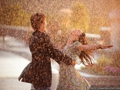 Embodies a relaxing aura..letting go and let loose.  #danceintherain #carefree #laughter #cliniquehappyFORMEN #MKM915