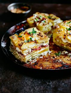 Dauphinoise potatoes with ham hock and mustard recipe Creamy, cheesy and utterly gorgeous – this gratin recipe is the ultimate comfort dish Potato Dishes, Savoury Dishes, Potato Recipes, Pork Recipes, Mexican Food Recipes, Food Dishes, Dinner Recipes, Cooking Recipes, Healthy Recipes