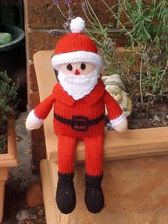 Free Santa Doll Knitting Pattern and more Christmas decoration knitting patterns