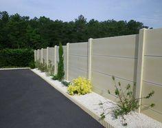 Clôture jardin plaques de béton peintes en gris anthracite   deco ...