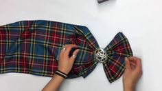 In the lead up to Burns Night, Emma guides us on how to tie your tartan sash. Scottish Dress, Scottish Plaid, Scottish Fashion, Scottish Tartans, Scottish Wedding Themes, Scottish Wedding Traditions, Traditional Scottish Clothing, Macleod Tartan, Tartan Sash