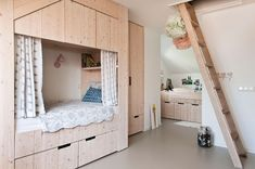 Modern wood meets interesting rustic details and open spatial interior design in this comfortable and warm house by the Dutch Sijmen Interiors. Kid Beds, Bunk Beds, Built In Bed, Kitchen Tops, Wood Interiors, Toddler Bed, Rustic, Interior Design, Home Decor
