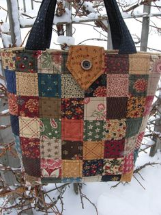 Sweet Pea Quilted Tote Bag Purse Patchwork Bag by WoodenNeedleNook, $55.00