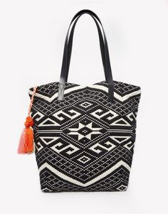 Pin for Later: 27 Stylish Beach Bags You Can Match to Your Swimsuit  Seafolly Sun Valley Beach Bag ($109)