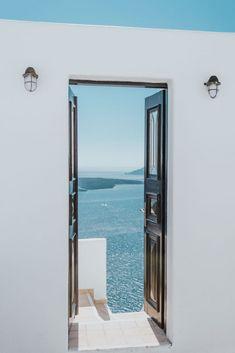 The Little Magpie Santorini Greece Guide Greece Photography, Scenic Photography, Mykonos, Oia Santorini, Santorini Honeymoon, Santorini Travel, Santorini Greece Beaches, Fred Instagram, Greece Wallpaper