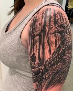 Chronic Ink tattoo Chris realism Crow in eerie forest - - Small Tattoos, Tattoos For Guys, Tattoos For Women, Mountain Sleeve Tattoo, Tribal Tattoos, Tatoos, Rabe Tattoo, Harley Davidson Tattoos, Incredible Tattoos