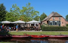 Smit Giethoorn (The Netherlands): Top Tips Before You Go with 293 photos - TripAdvisor Tour Tickets, Netherlands, Trip Advisor, Tours, Cabin, Mansions, House Styles, Home, Photos