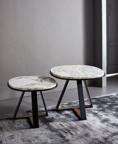beatiful side tables