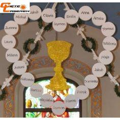 Communion Decorations, First Holy Communion, Bridesmaid Flowers, Corpus Christi, Dollar Store Crafts, Roman Catholic, Floral, God, Christmas Things