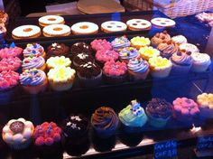 In the mood for cupcakes? The Bakery at Nira Alpina Switzerland is divine. Switzerland, Bakery, Cupcakes, Mood, Eat, Desserts, Kitchens, Tailgate Desserts, Cupcake