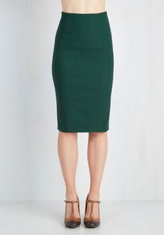 I'll Have the Usual Skirt in Pine. Some things never change - like your favorite cocktail and the classic panache of this forest-green pencil skirt! #green #modcloth