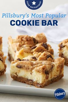 You MUST make these delicious and easy chocolate chip cookie cheesecake bars. I promise that everyone in your family will love these simple chocolate chip cookie cheesecake bars! Try making this delicious dessert recipe for your family today! Cake Mix Cookie Recipes, Delicious Cookie Recipes, Cake Mix Cookies, Yummy Cookies, Cookies Et Biscuits, Baking Recipes, Cream Cheese Cookies, Cupcakes, Chocolate Chip Cookie Cheesecake