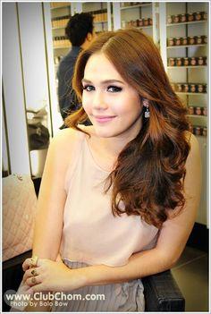 Chompoo Araya Thai actress