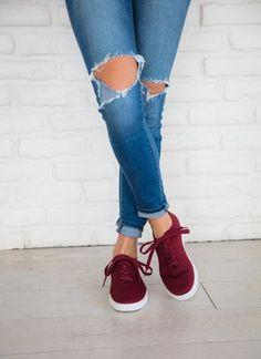 Tess Sneaker - Wine