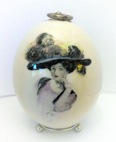 dama w kapeluszu- styl Faberge egg