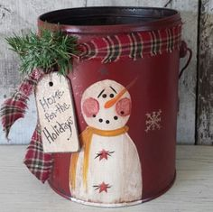 Reserved Snoopy Primitive Snowman on Vintage Pail by FlatHillGoods Primitive Christmas, Christmas Snowman, Rustic Christmas, Christmas Ornaments, Christmas Trees, Snowman Crafts, Christmas Projects, Holiday Crafts, Snowman Wreath