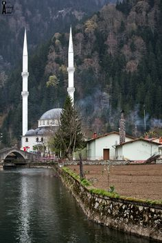 uzungol mosque in color - Trabzon