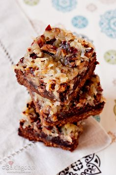 german chocolate brownie bars with brown sugar pecan crust