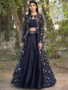 Jacket lehenga - Wellcart black designer lehnga choli with full sakkoti Etsy Lehenga Choli Designs, Designer Lehnga Choli, Ghagra Choli, Indian Lehenga, Silk Lehenga, Jacket Lehenga, Lehenga Blouse, Indian Wedding Outfits, Indian Outfits
