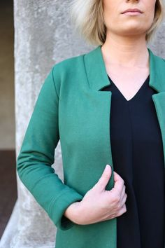 Buy the Fulton Sweater Blazer sewing pattern from Alina Sewing and Design Co, a polished yet comfortable open-front jacket with a slimming fit. Jacket Pattern, Knit Jacket, Fulton, Casual Outfits, Fashion Outfits, Sewing Clothes, Sewing Patterns, Pullover, Sweaters