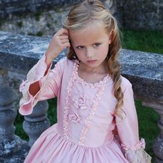 Robe de princesse rose poudrée par Mademoiselle P