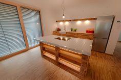 #Küchenmöbel aus aufbereiteten #Europaletten #EcostylebyFantasyFactoryWürzburg #Palettenmöbel #Würzburg   -> Online-Shop: www.fantasy-factory.eu