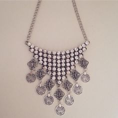 Collier SABRINA via K_accessories. Click on the image to see more!