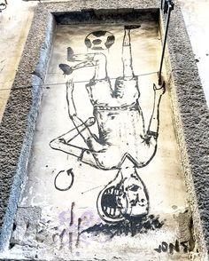 #streetart #igers #ig_captures #ig_campania #graffiti #art #artwork #napoli #naples #ig_europe #streetphotography #ig_regionecampania #sport #calcio #football by da_napoli