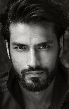 handsome guys with trimmed beard Face Men, Male Face, Beautiful Men Faces, Gorgeous Men, Latin Men, Handsome Faces, Handsome Man, Beard Styles For Men, Hommes Sexy