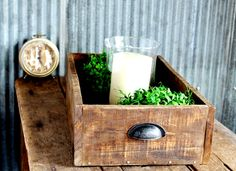How to Make a Rustic Farmhouse Antique Style Wooden Drawer Display Crate | www.knickoftime.net