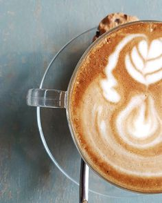 I love days when my only problem is tea or coffee #coffeeforlife #coffeegram #cupofcoffee #cupsinframe #onmytable #coffeecoffeecoffee #flatlay #flatlayoftheday #foodphotography #coffeeart by megasariwijaya
