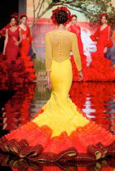 Rosapeula, Simof 2015 Flamenco Costume, Flamenco Dresses, Mellow Yellow, Dance Music, Yellow Dress, Formal Dresses, Wedding Dresses, Dancer, Gowns