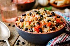 Phase 3 ...This quick and easy toss up of flavorful ingredients in the Wild Rice and Black Bean Salad recipe works great for Phase 3 of the Fast Metabolism Diet.