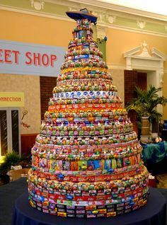 Beautiful Candy Tower/Cake made of gum drops, chocolate, gummies, and more candy. Candy Birthday Cakes, Candy Cakes, Birthday Presents, Candy Gift Baskets, Candy Gifts, Candy Theme, Candy Party, Bar Mitzvah Party, Bat Mitzvah