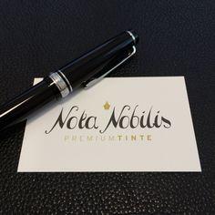 Neue #Füllfeder gesucht? Bald haben wir feine #Sailor Federn für Sie!  www.nota-nobilis.at  #Füller #gold #14k #fountainpen #ink #tinte #Premiumtinte #erfolg #success #einzigartig #journal Success, Journal, Gold, Dyes, Feathers, Unique, Journals