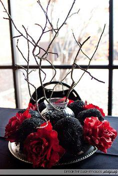 Halloween Wedding Centerpieces, Wedding Table Centerpieces, Halloween Decorations, Wedding Decorations, Table Decorations, Centerpiece Ideas, Floral Centerpieces, Halloween Weddings, Winter Centerpieces