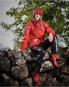 Vinyl Dress, Vinyl Clothing, Country Wear, Rain Suit, Pvc Raincoat, Rain Wear, Black Nylons, Catsuit, Rain Boots
