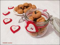 Fursecuri cadou Sugar, Cookies, Desserts, Food, Crack Crackers, Tailgate Desserts, Deserts, Biscuits, Essen