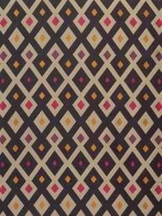 diamond graphic pattern