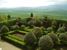 Pienza, Palazzo Piccolomini Garden overlooking the Val d'Orcia and Monte Amiata