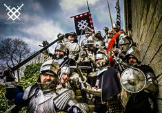 Here are a few images of the Harrington Companye in action: Helmet Paint, Wars Of The Roses, Richard Iii, East London, 15th Century, Middle Ages, Medieval, Monster Trucks, Battle