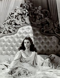 """Vivien Leigh won two Academy Awards for Best Actress for her performances as """"Southern belles"""" Scarlett O'Hara in Gone with the Wind and Blanche DuBois in the film version of A Streetcar Named Desire Old Hollywood Glamour, Golden Age Of Hollywood, Vintage Hollywood, Hollywood Stars, Classic Hollywood, Hollywood Regency, Old Hollywood Movies, Hollywood Sign, Scarlett O'hara"""