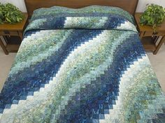 Bargello Wave Quilt -- magnificent specially made Amish Quilts from Lancaster (hs6184) - amishcountrylanes.com