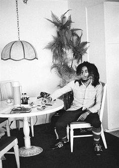photography foto music photo rasta arte Bob Marley música reggae fotografía jamaica imagen The king of reggae Arte Bob Marley, Bob Marley Legend, Reggae Bob Marley, 2pac, Bob Marley Pictures, Marley Family, Jah Rastafari, Robert Nesta, Nesta Marley