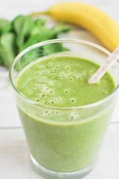 The Greenest Smoothie - an energizing smoothie made with spinach, pineapple, and banana!