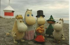 Moomin family : on the beach